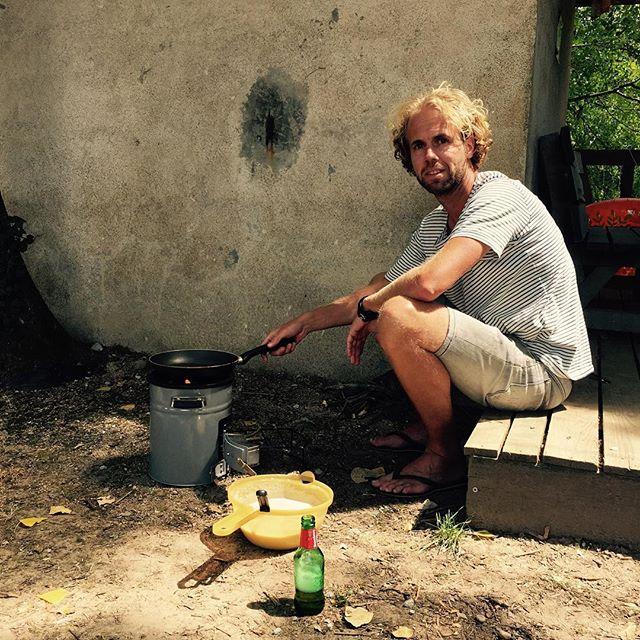 Pannenkoeken bakken doe je op vakantie lekker buiten op de EcoZoom!